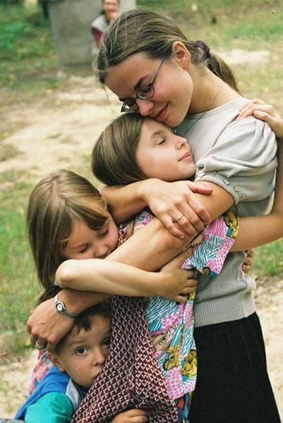 Su broliu ir seserimis 2001m.